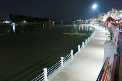 Ratchaburi river walk