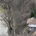 Veliko Ternovo - house near river