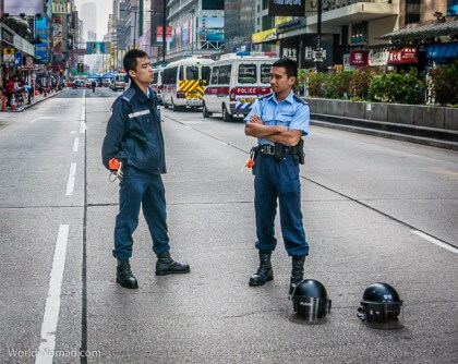 Hong Kong protest - police without helmets