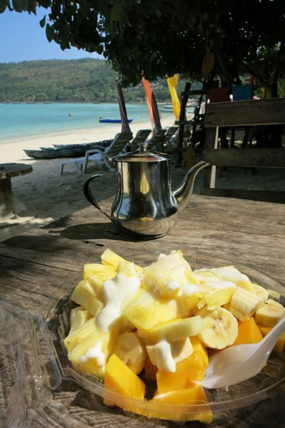 Ko Phi Phi fruit sallad breakfast