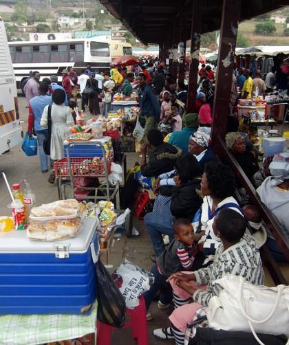Manzini minibus market, with street food