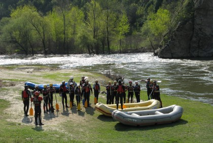 Rafting for beginners (lesson)