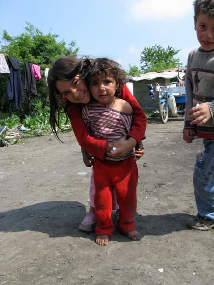roma children in gypsy camp