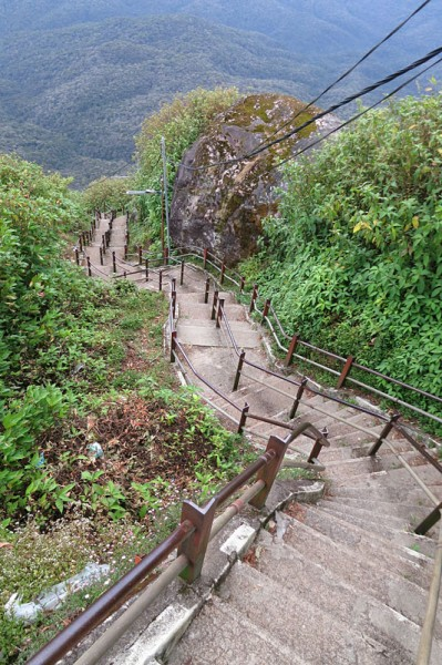 Sri Lanka travel - Adam's peak stairs