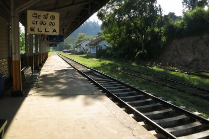 Sri Lanka travel - Ella train/railway station
