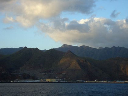 Tenerife travel with ferry