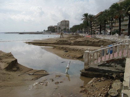 The day after: Playa del cura destroyed