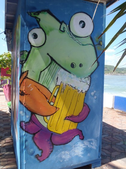 El Salvador street art: squid with beer