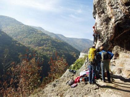 Climbing Lakatnik