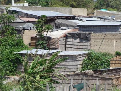 Simple Mozambique houses/sheds