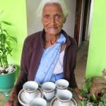 Sri Lanka travel –  Adam's peak tea lady