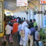 Sri Lanka travel –  Train crowd