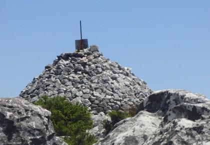Table Mountain peak Maclears Beacon 1086 meters